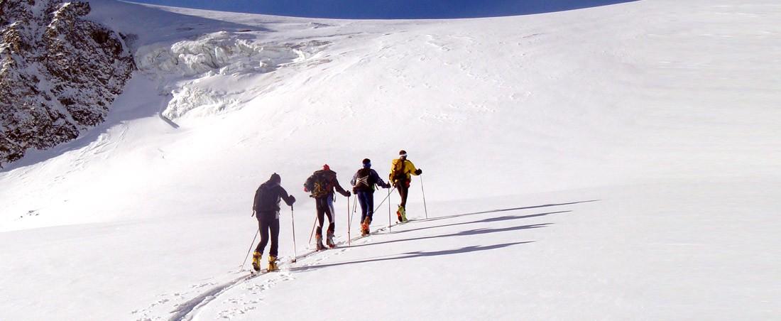 Bureau des Guides 2 Alpes - Oisans   massif des Écrins f04b55f5cb3